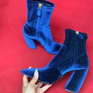[NIB] Authentic Luxe Prada Boots - size 39